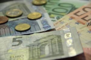 Slováci si obvykle berou spotřební úvěry koncem roku