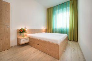 Pronájem bytu 2+kk, (36 m2) v Praze 5 - Smíchov, Vrázova