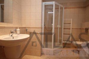 koupelna - Pronájem bytu 7+1, (237m2), Praha 5 - Smíchov, Janáčkovo nábřeží