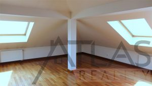 Upstairs room - For Rent: Luxury 2BD Apartment, 172 sqm, Prague 2 - Vinohrady, Americká street