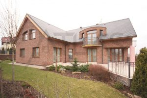 Exterior - For Rent: 8-BD Family Villa Prague 6 - Nebusice
