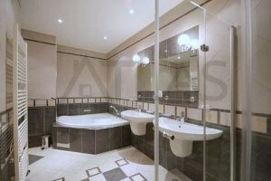 State of the art bathrooms - Nice very spacious 4+kk with terrace, 232 sq.m., Prague 5 Metro Line B Anděl