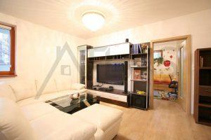 obývací pokoj - Pronájem zařízeného bytu 4+kk Praha 8 - Libeň, Nad Rokoskou