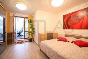 ložnice - Pronájem zařízeného bytu 4+kk Praha 8 - Libeň, Nad Rokoskou