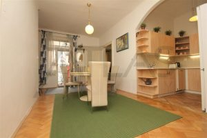 Dining area - Rent of fully furnished 2-bedroom apartment, Prague 2 - Vinohrady, Slezska Street