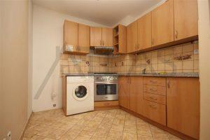 kuchyň - Pronájem bytu 2+kk, 40 m2 Mělník, ul. Sportovní