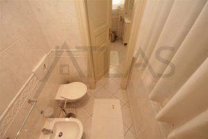 Pronájem bytu 3+kk, Praha 1 - Nové Město, blízko Náměstí Republiky, Truhlářská ulice , koupelna