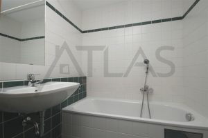 Prodej bytu 3+1, 70 m², Praha - Letňany, Místecká