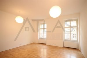 Prodej bytu 3+1, 76 m² Praha - Letňany, Kuželova