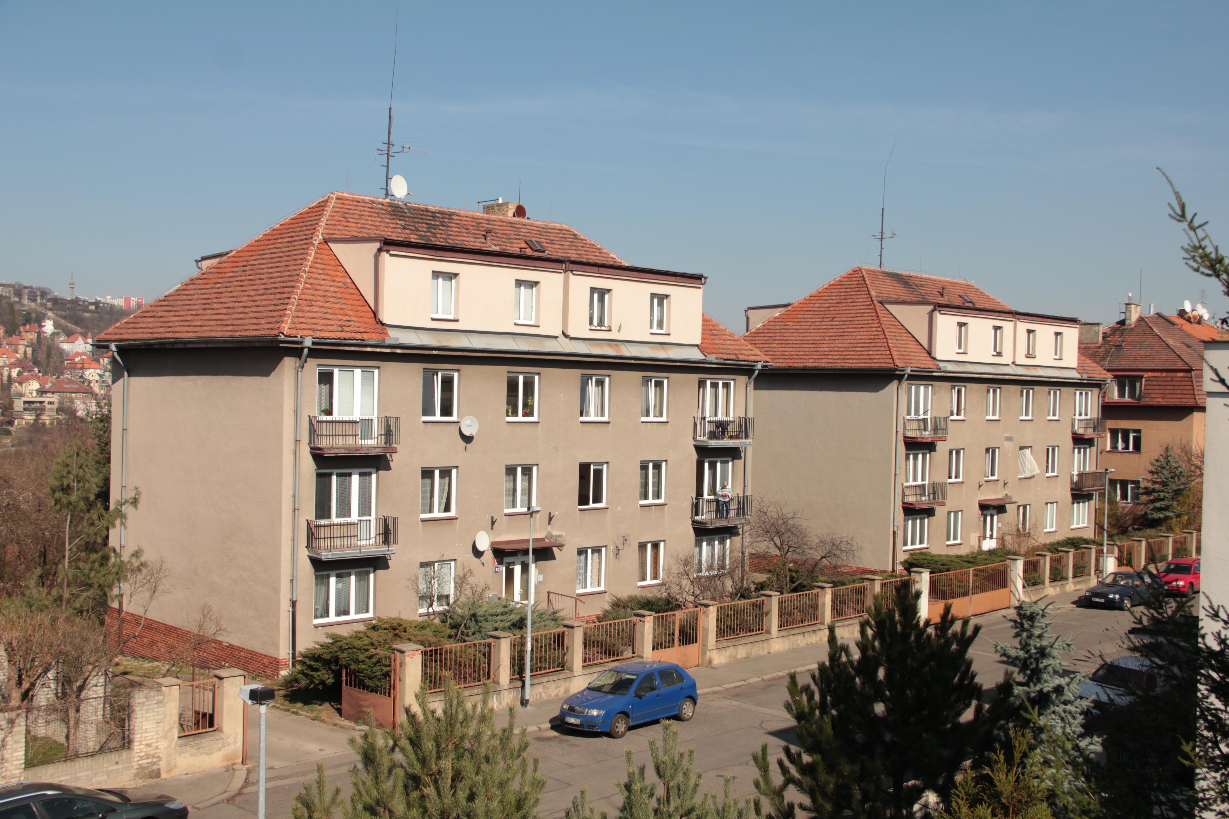 IS invest group s.r.o. , Praha IČO 08655189