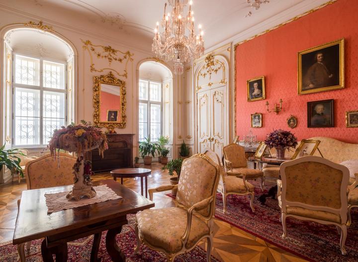 růžový salon