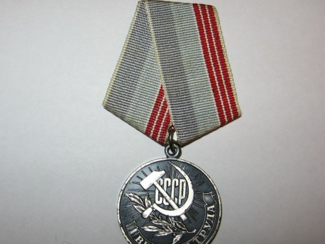 Více než 71 miliard rublů bude přiděleno na platby veteránům za den vítězství