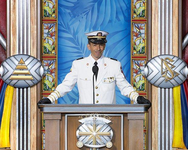 Kapitán John Galindo, provozní ředitel, Kruhu pomocných Kolumbijských techniků (CINAT)