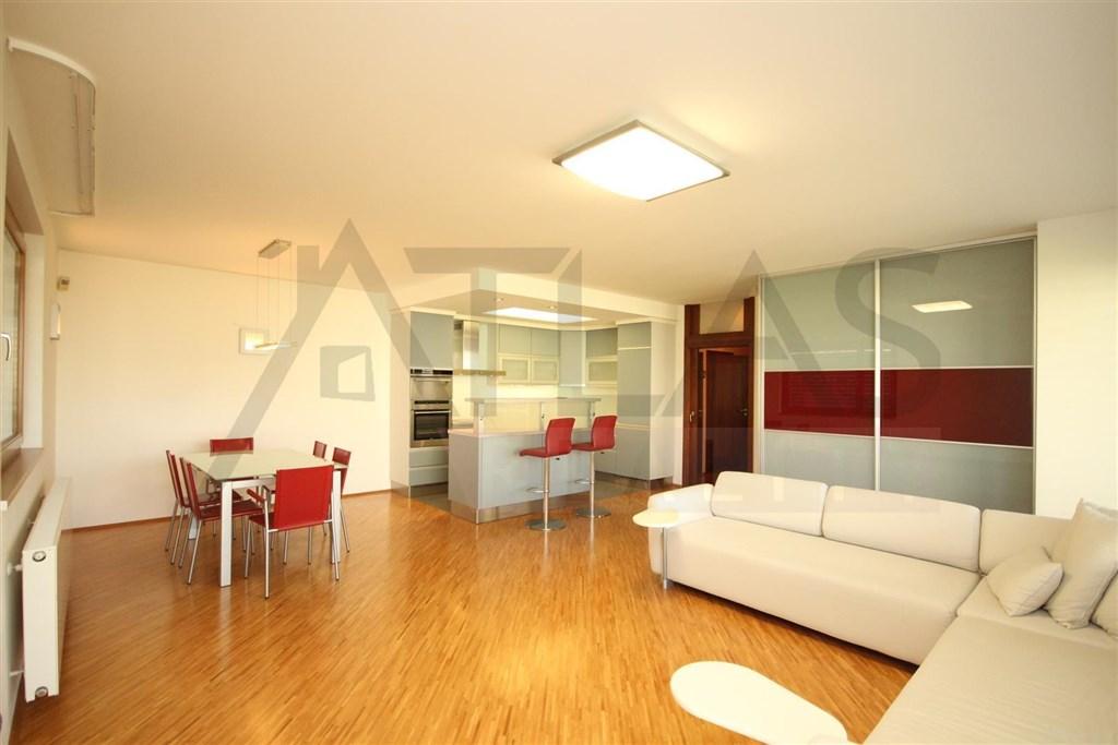 For rent 2 bedroom partly furnished apartment, 103 m2 Praha 6 - Vokovice / Pronájem zařízeného bytu 3+kk, 103 m2, Tibetská Praha 6