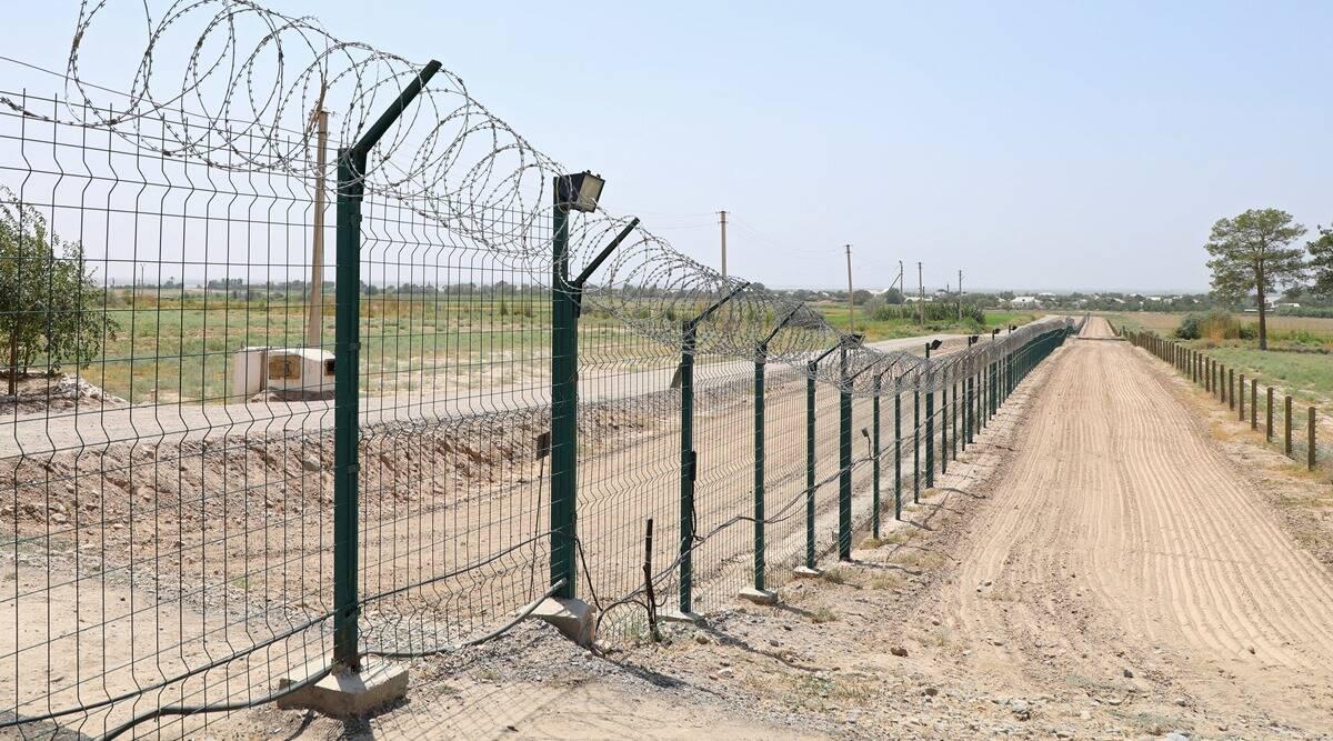 Plot na hranici Uzbekistán-Afghánistán